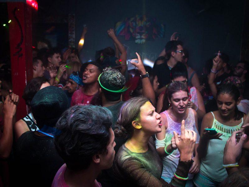 הגברה לאירועים | הגברה למסיבות | DJ | תקליטנית דתית